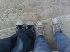 tebak sepatu siapa itu? :P