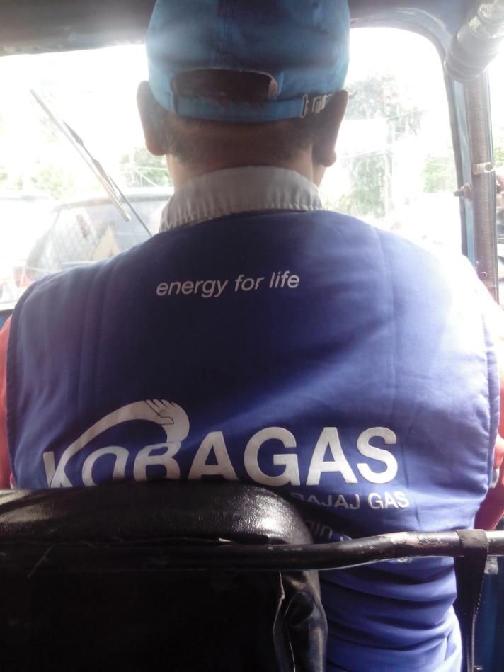 Pake Seragam Kobagas
